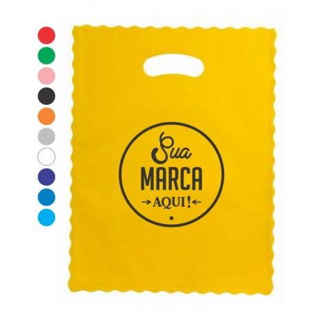 sacola em tnt personalizado com a marca